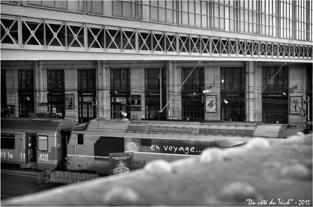 BLOG-DSC_19276-en voyage gare Bordeaux St Jean N&B