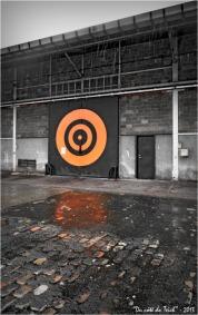 BLOG-DSC_19329-cercle orange porte hangar bassin à flot 2 Bordeaux Bacalan N&C