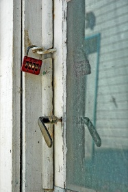 CP-DSC_1343-porte vitrée & cadenas