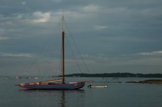 CP-DSC_2909-voilier bleu-rouge profil