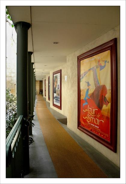 CP-DSC_3670-couloir Utopia & affiches