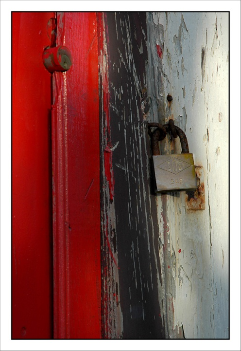 CP-DSC_3830-porte rouge & cadenas