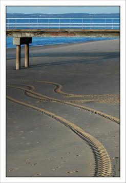 CP-DSC_3840-jetée & traces pneus