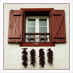 CP-DSC_4891-fenêtre & piments