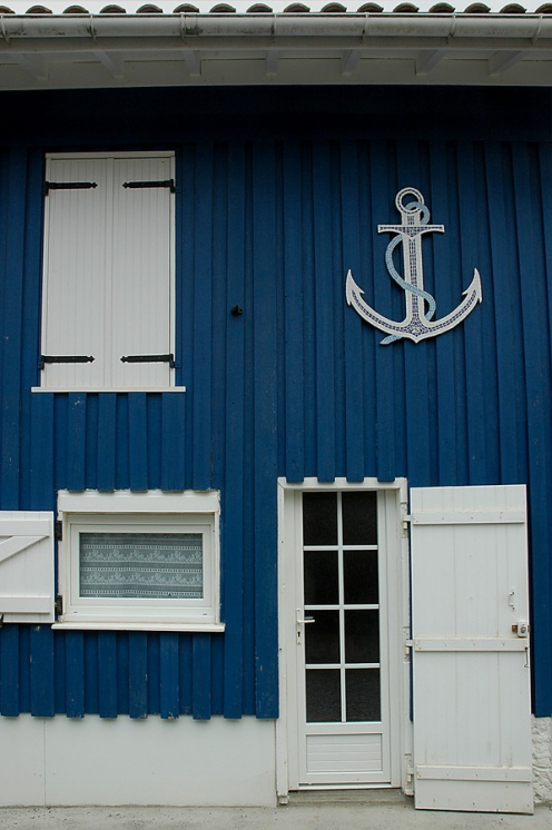 CP-DSC_7578-façade bleue & ancre marine le Canon