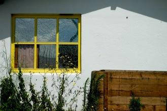 CP-DSC_7940-géométrie fenêtre jaune