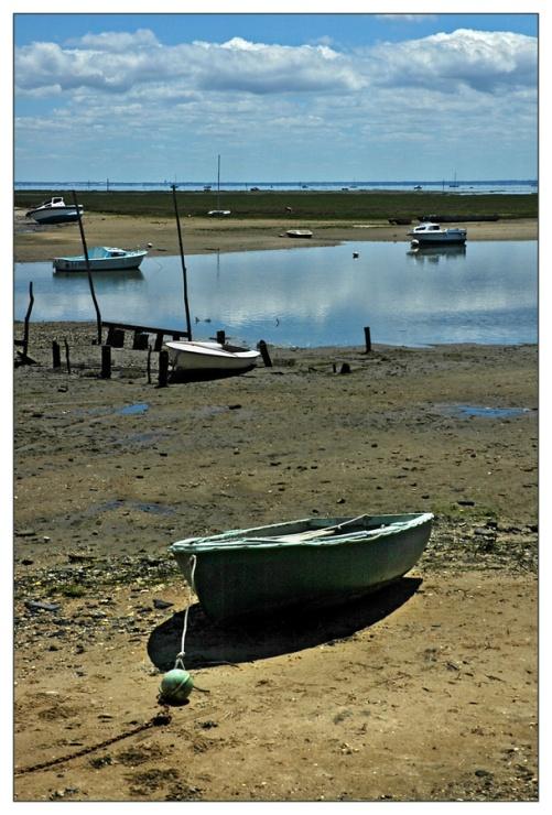 CP-DSC_8076-barque sur le sable & Bassin