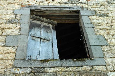 CP-DSC_9122-vieille fenêtre bleu pastel