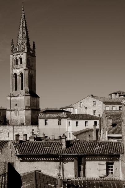 CP-DSC_9380-clocher & toits sépia