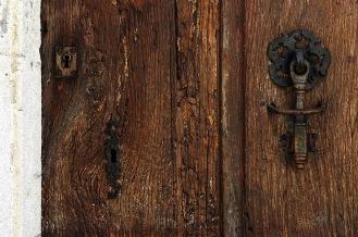 CP-DSC_9511-mur & vieille porte à heurtoir