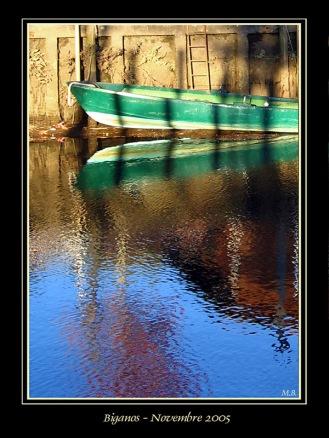 CP-IMG_1735-reflet cabane et barque REC