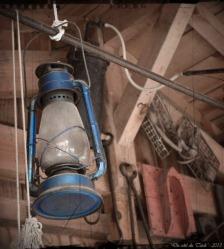 BLOG-DSC_20988-lampe tempête bleue Gardarem FA03C