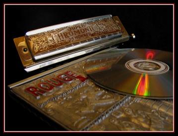 CP-IMG_6669-harmonica, rouge & CD
