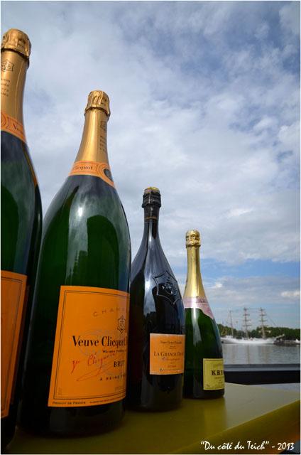 BLOG-DSC_21588-Champagne terrasse Estacade et Cuauhtémoc Bordeaux fête le fleuve