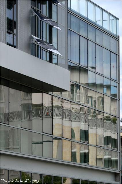 BLOG-DSC_21565-reflet façade Bordeaux Bastide