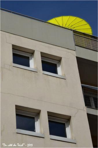 BLOG-DSC_22863-parasol fluo terrasse immeuble Bordeaux