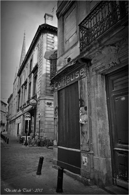 BLOG-DSC_23383-coiffeur et tour St Michel Bordeaux N&B