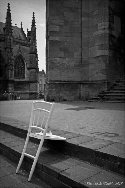 BLOG-DSC_23400-chaise basilique St Michel Bordeaux