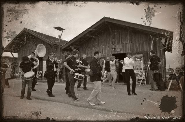 BLOG-DSC_24971-fanfare cabane 244 Larros journées Patrimoine 2013