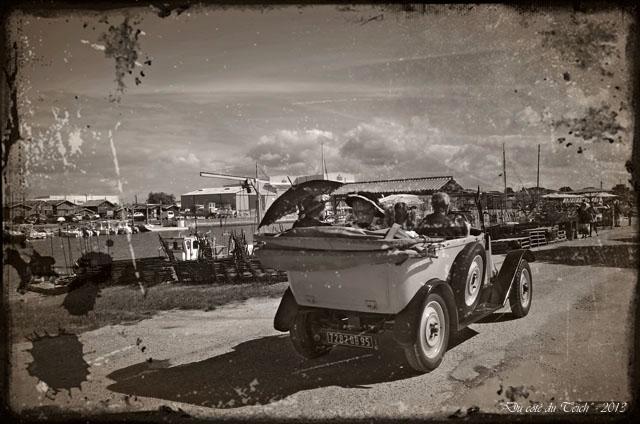 BLOG-DSC_24976-vieille voiture journées Patrimoine 2013 port Larros PA02