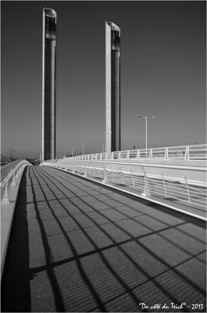 BLOG-DSC_26199-pont Chaban-Delmas Bacalan-Bastide N&B