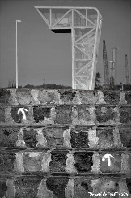 BLOG-DSC_26233-poste contrôle pont Chaban-Delmas Bacalan-Bastide N&B