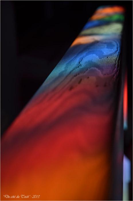 BLOG-DSC_26376-reflet vitrail St Eloi Andernos