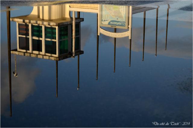 BLOG-DSC_26580-reflet ancienne capitainerie port Arcachon