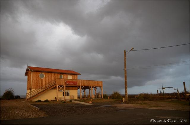 BLOG-DSC_26729-cabane port Meyran avant averse