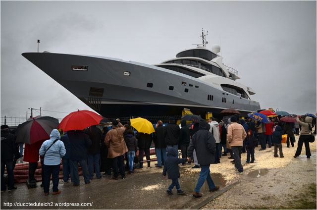 BLOG-DSC_26991-cale mise à l'eau yacht 5000 Fly 02 Couach le Belongers 1er Mars 2014