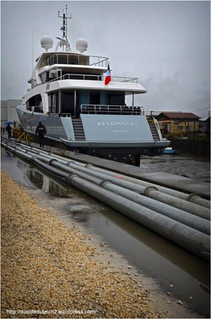 BLOG-DSC_26998-cale mise à l'eau yacht 5000 Fly 02 Couach le Belongers 1er Mars 2014