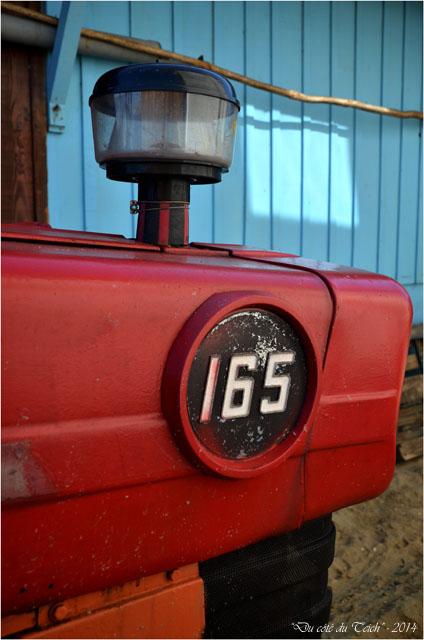 BLOG-DSC_27375-tracteur 165 chai nous Grand Piquey