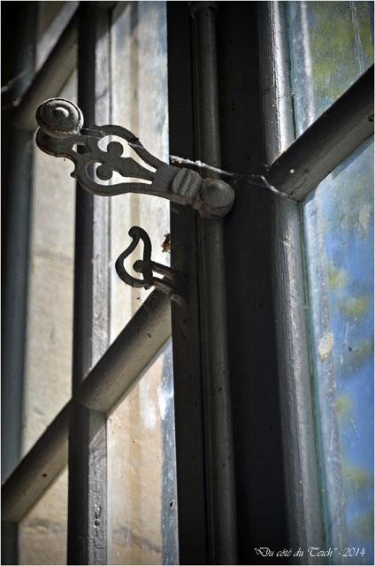 BLOG-DSC_28121-fenêtre lavoir domaine de Grenade
