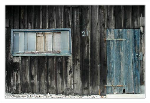 BLOG-DSC_9722-cabane boiseries bleues