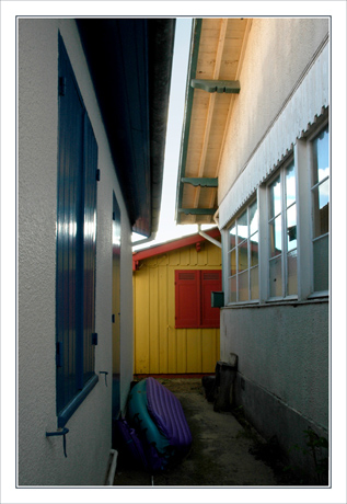 BLOG-DSC_9970-perspective cabane rouge & jaune copie