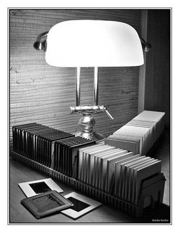 BLOG2-Img_1677-diapos et lampe NB