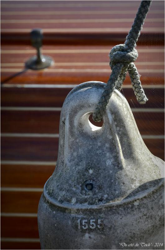 BLOG-DSC_31242-bouée cabine bateau