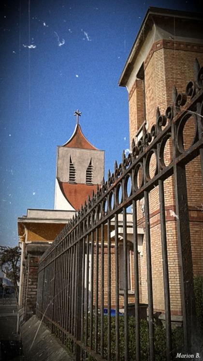 BLOG-20150408_174029-école et église Villeneuve St Georges PA07C