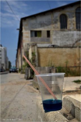 BLOG-DSC_37566-verre abandonné et garage moderne Bordeaux Bacalan
