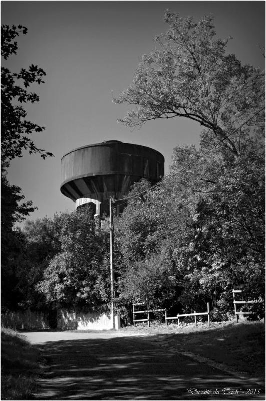 BLOG-DSC_38018-château d'eau Lormont N&B