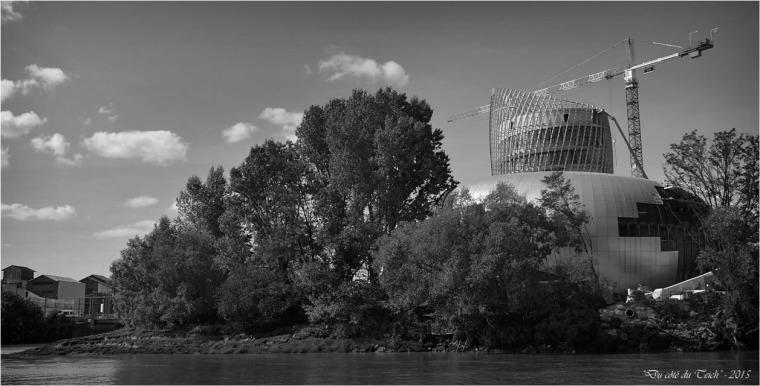 BLOG-DSC_38307-chantier cité civilisations du vin Bordeaux N&B