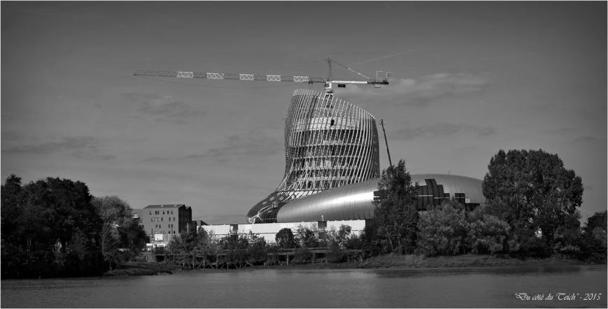 BLOG-DSC_38312-chantier cité civilisations du vin Bordeaux N&B