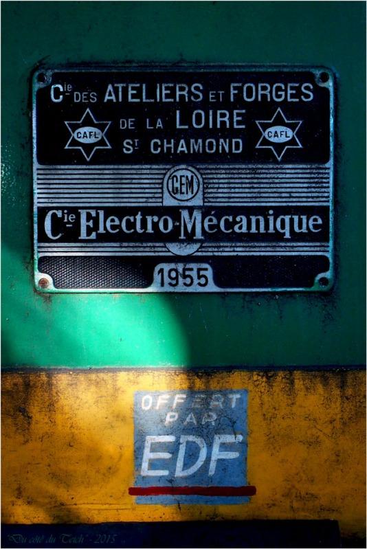 blog-pa141845-plaque-locomotive-marqueze.jpg
