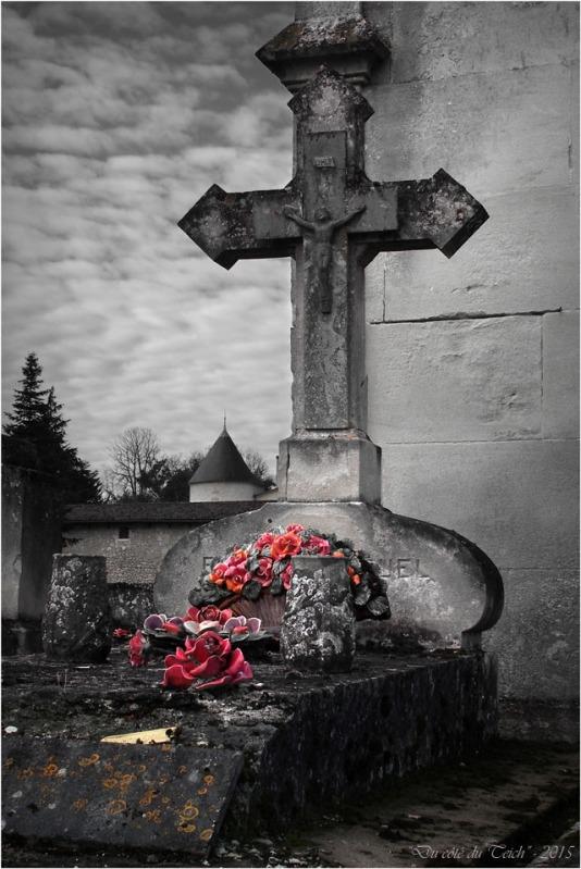 blog-pb062216-2-cimetière-st-seurin-et-château-bétailhe-artigues-nc.jpg