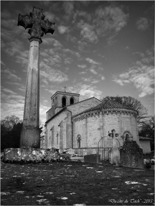 blog-pb062217-cimetière-église-st-seurin-artigues-nb.jpg