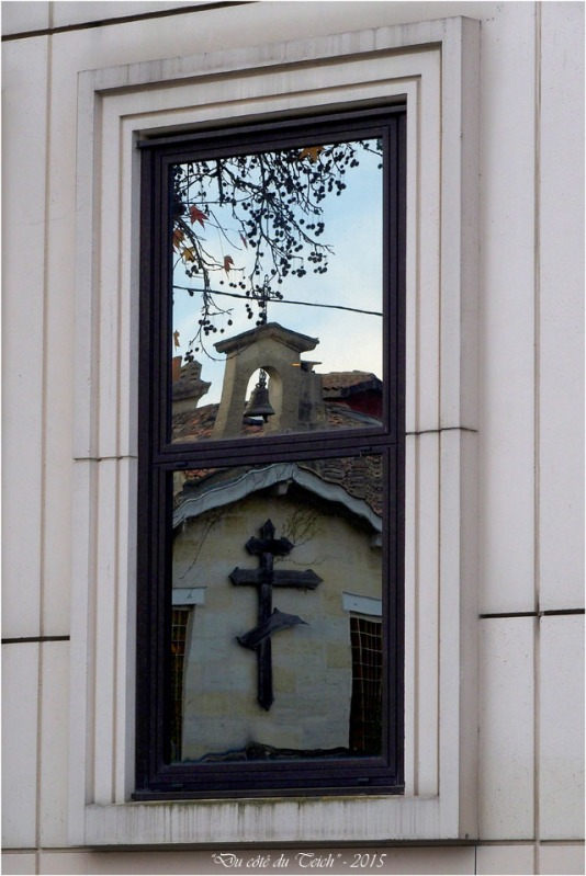 blog-pc143179-reflet-église-orthodoxe-st-martial-bordeaux.jpg
