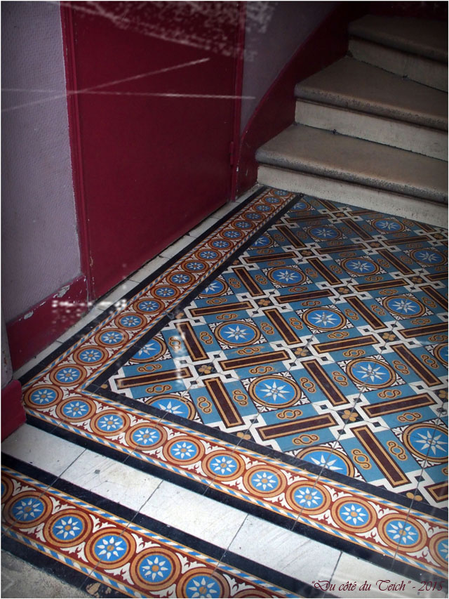 Blog pc233320 carrelage entr e immeuble bordeaux for Carrelage entree