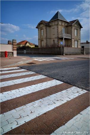 BLOG-DSC_39584-passage piétons et villa Lacanau