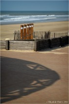 BLOG-DSC_39610-ombre et douches plage Lacanau