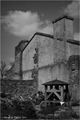 Appartements de l'aumônier et ruine caserne sud